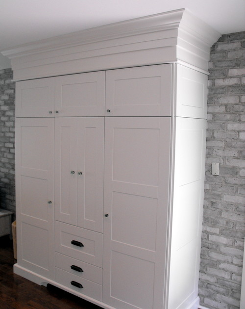 Love the pantry. What size Ikea cabinets were used in this ...
