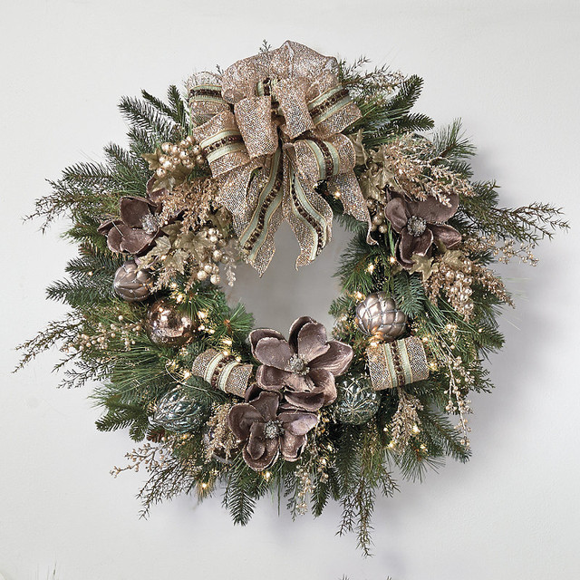 Vintage Glamour Pre Decorated Christmas Wreath
