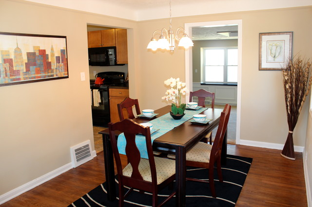 Staged , seen and SOLD! traditional-dining-room