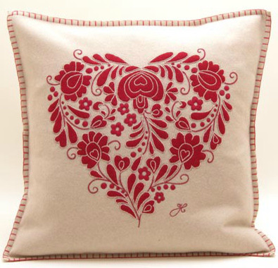 Romany Heart Pillow traditional pillows