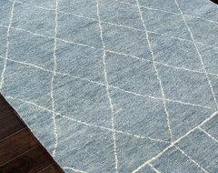 Nostalgia Pastel Blue & Antique White  Rug - 2' x 3' transitional-rugs