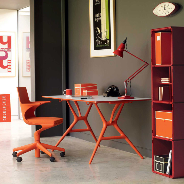 Kartell Spoon Modern Office Table by Antonio Citterio