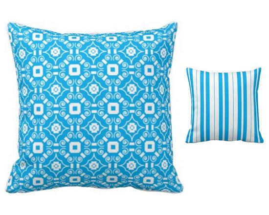 """Kincaid"" Print reversible pillow design -"