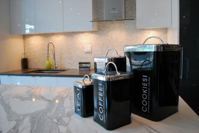 Nouveau Interiors contemporary-kitchen