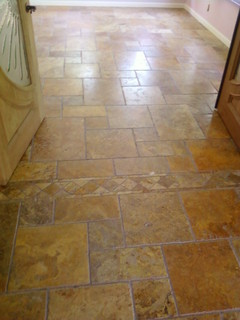 Scabos Brushed Chiseled Edger Versailles Pattern