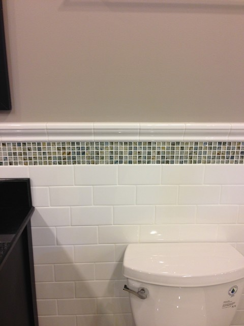 Subway tile with accent