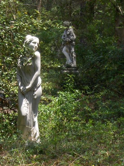 Statuary traditional-garden-sculptures