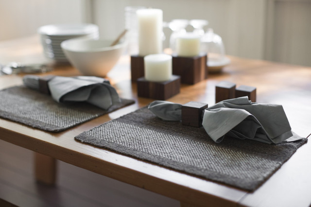 Amenity Hand Woven Placemat modern-placemats