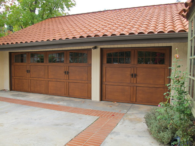 Wayne dalton 9700 steel carriage house garage door for Wayne dalton garage doors