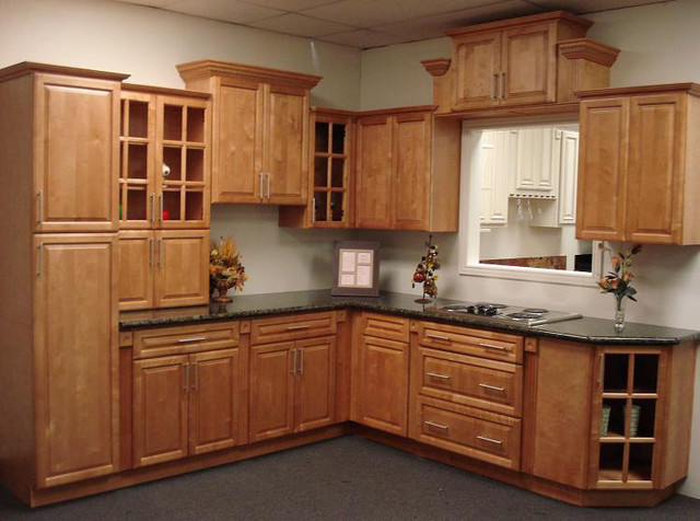 Cinnamon Maple Kitchen Cabinets Home Design - Traditional - Kitchen Cabinetry - columbus - by ...