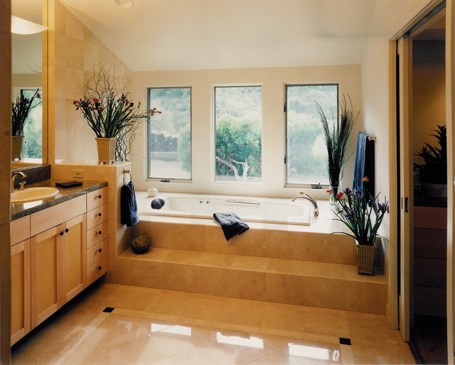 Feng Master Bath traditional bathroom