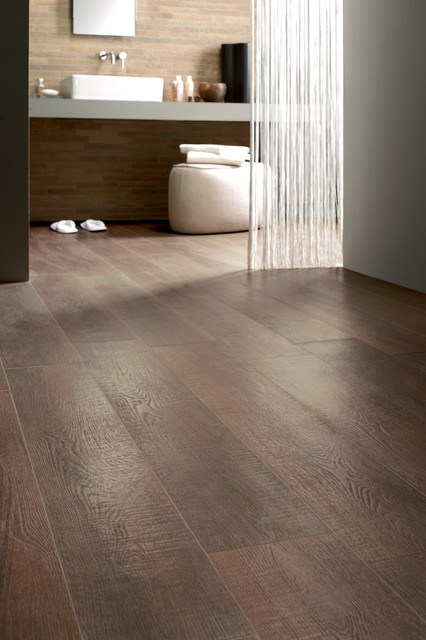 Wood floor tile porcelain hardwood flooring for Hardwood floor in bathroom