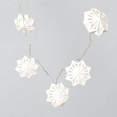 Swedish Paper Snowflake Lights contemporary-holiday-lighting