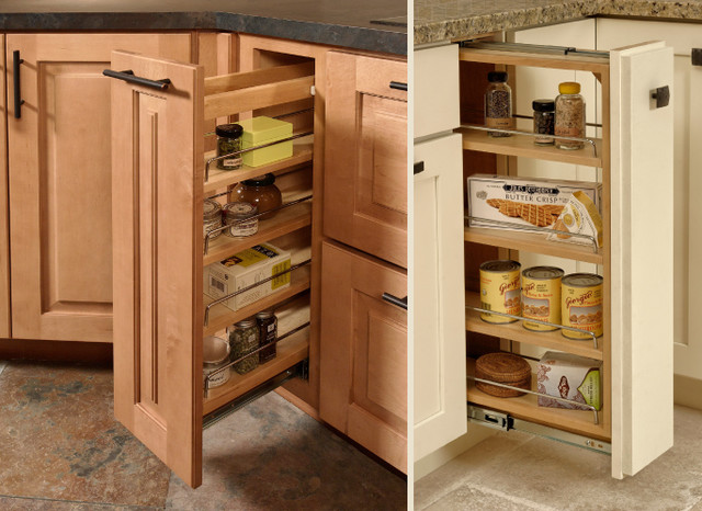 Pull out cabinet traditional kitchen for Kitchen cabinets storage