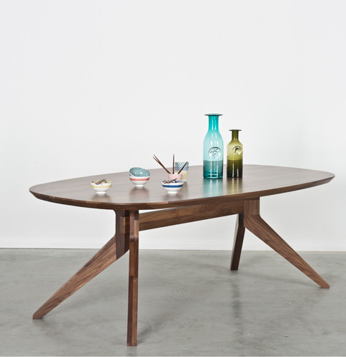 Cross oval table by matthew hilton traditional dining for Traditional dining table for 8