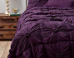 Rosette Quilt, Purple contemporary-quilts