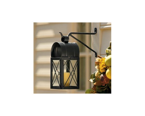 Travis House Candle Lantern and Hook -