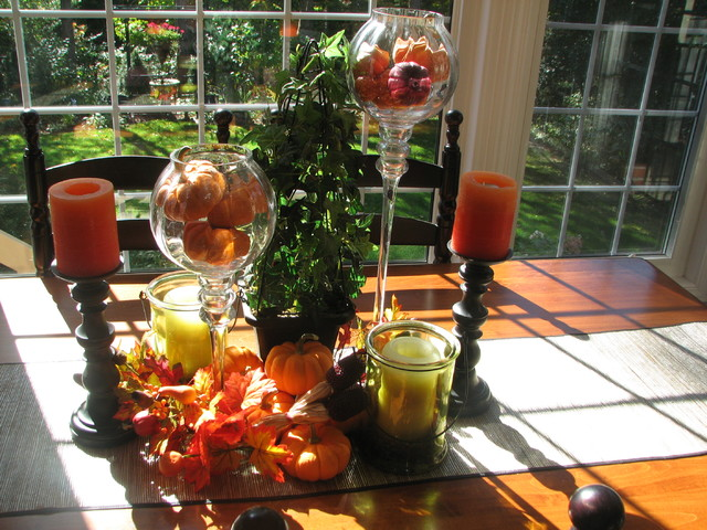Thanksgiving Table Decor transitional-kitchen