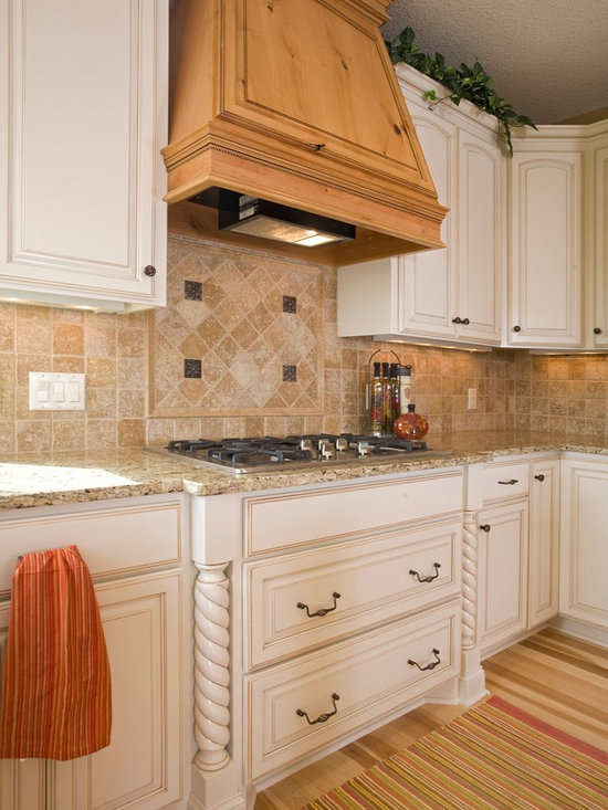 Custom Cabinets - Custom Wood Hood with Large Full Extension, Dovetail, Soft Close Drawers under Cook Top