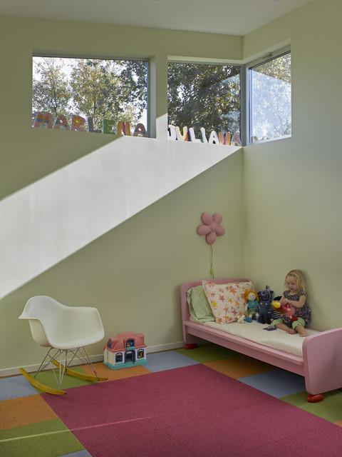 Children's Bedroom contemporary-kids