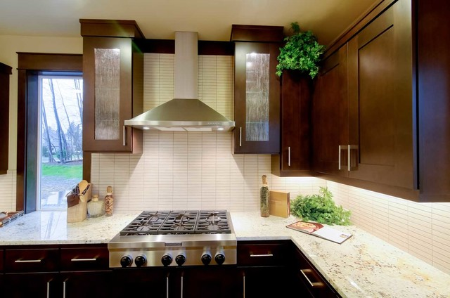 Stirling Manor traditional-kitchen