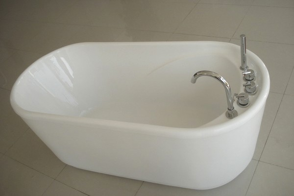 GreenGoods Bath Factory 55 Inch Acrylic Free Standing Soaking Tub Bathtub