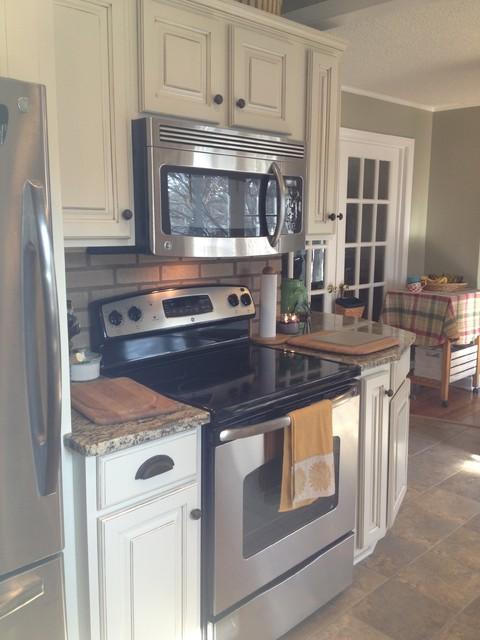 Shenandoah Grove Maple traditional-kitchen