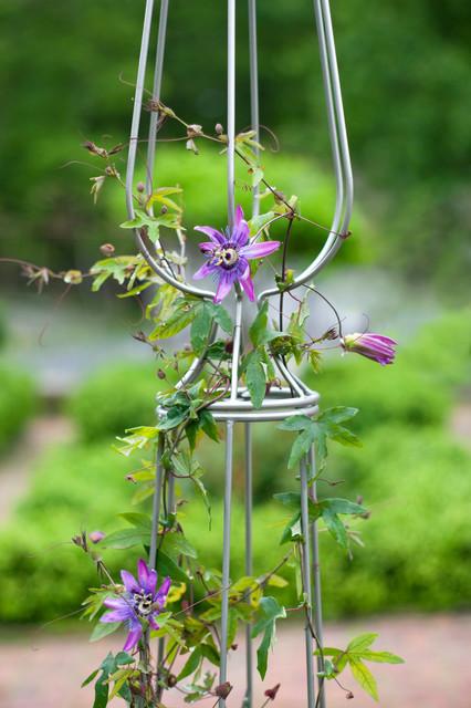 Garden Trellis Perfume contemporary-outdoor-products