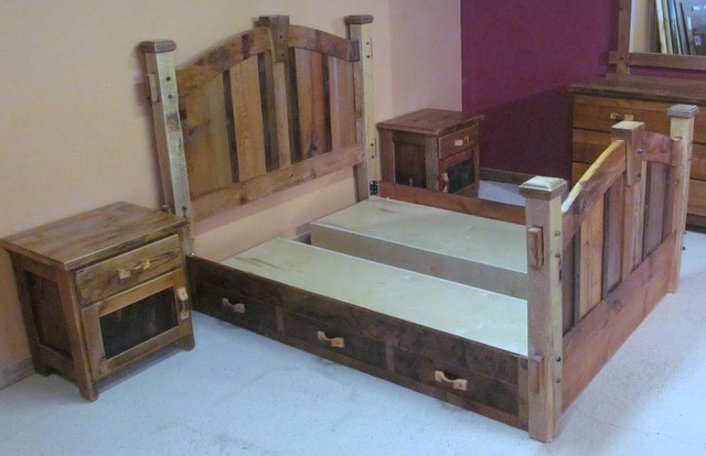 Reclaimed Wood Bedroom traditional-beds