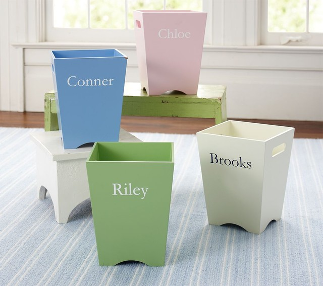 Simple Trash Can Traditional kids decor