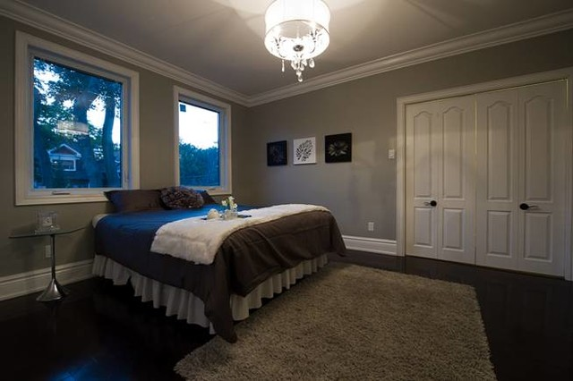 Sanza Homes traditional-bedroom