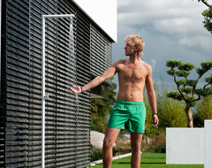 JEE-O outdoor showers modern showers