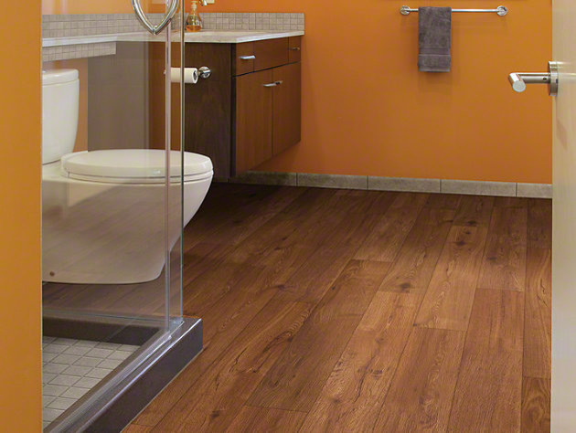 Shaw classico plank lvt click lock giallo traditional for Floorte flooring