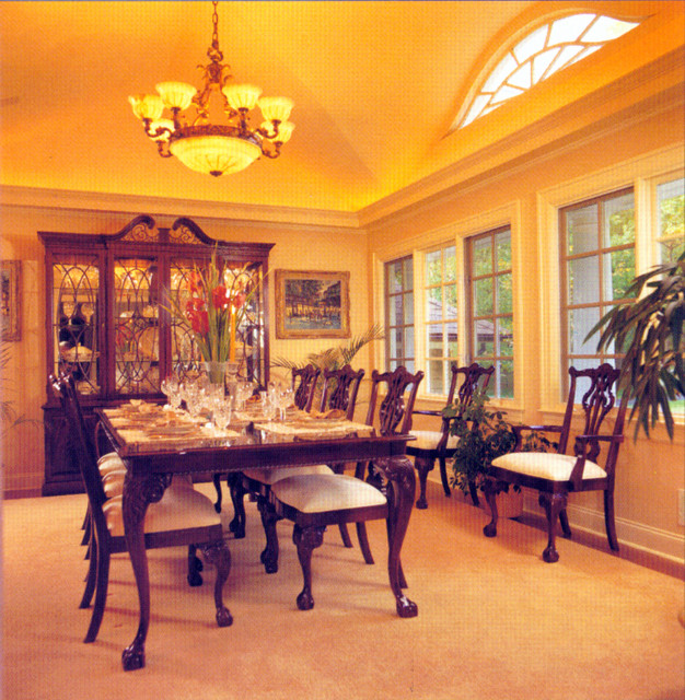 Interiors traditional-dining-room