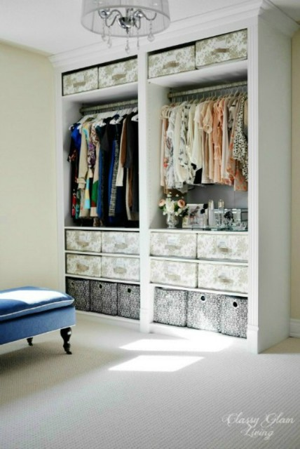 Diy ikea hack pax wardrobe dressing room transitional for Dressing room ideas ikea