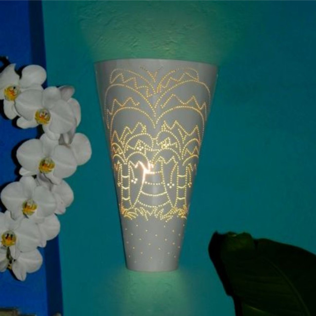 Wall Sconces Tropical : Coconut Artisan Crafted Wall Sconce - Tropical - by Peeniiwallii Caribbean
