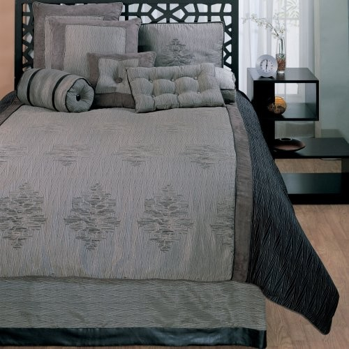kathy ireland Home by Hallmart Collectibles Westwood Comforter Set traditional-bedding
