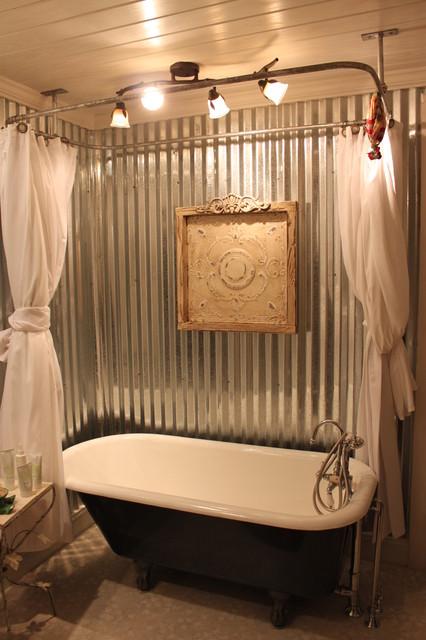 Claw foot tub farmhouse bathroom for Corrugated iron bathroom ideas
