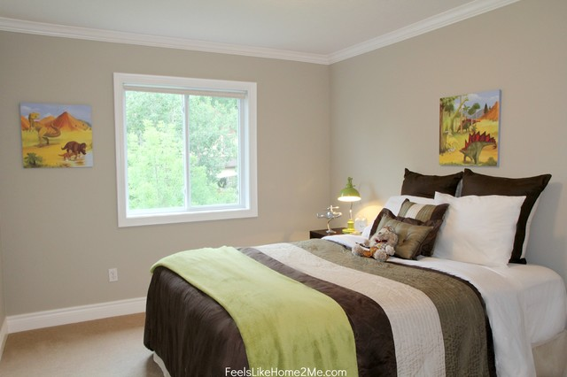 Home Staging in Georgetown Ontario~ Selling in 4 Days traditional-bedroom