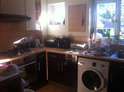 what colours should i choose to go with my aubergine cream kitchen. Black Bedroom Furniture Sets. Home Design Ideas