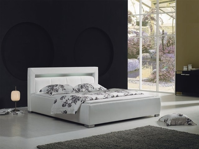 Modern White Leather Bed Frame 640 x 480