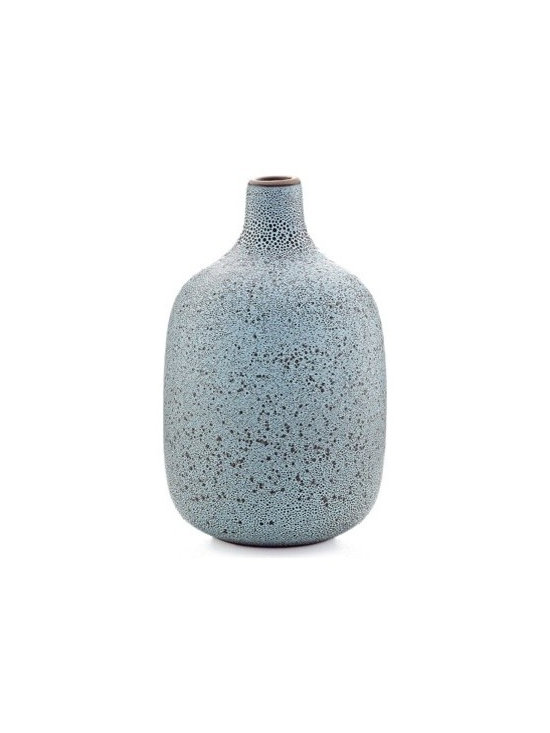 Single stem vase in cool lava - Heath Ceramics new vase collection takes inspiration from the original Heath budvase designed in the 1950s, yet stands out for its refined, contemporary lines. Stunning with or without flowers, as a family, mixed and matched or on their own.