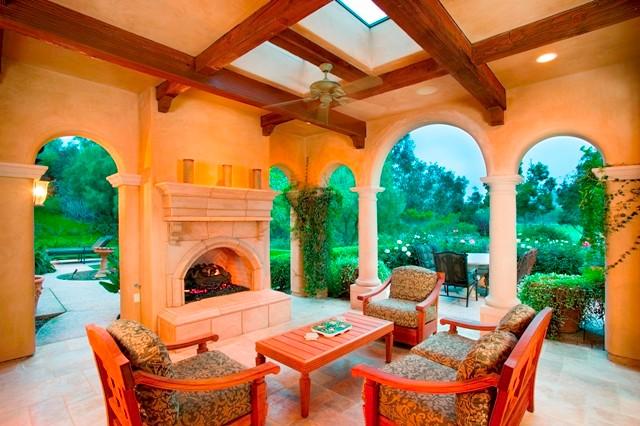 Bridges at Rancho Santa Fe Residence mediterranean-patio