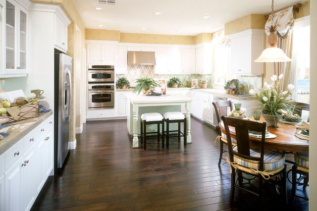 Legacy Place- Lodi 2006 rustic-kitchen