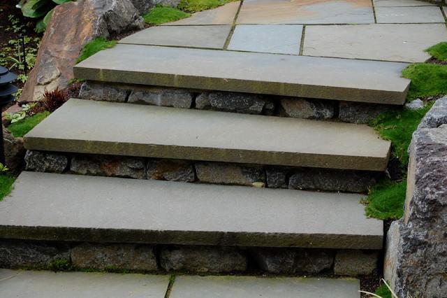 Ivanhoe Renovation traditional-landscape