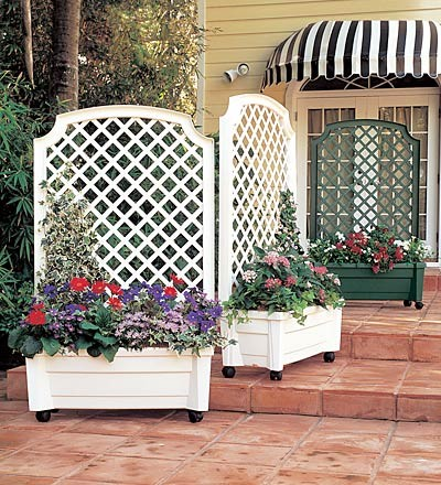 Self watering green white planter trellis traditional for Outdoor privacy screen planter
