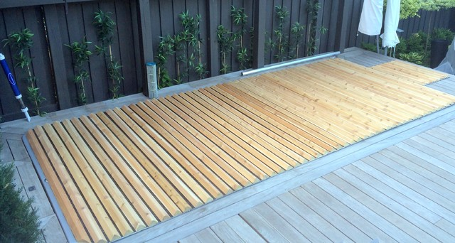 Roll Up Hot Tub Amp Spa Covers Outdoor Products Toronto