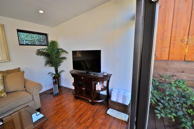10x12 poolside retreat living space modern san for 10x12 room ideas