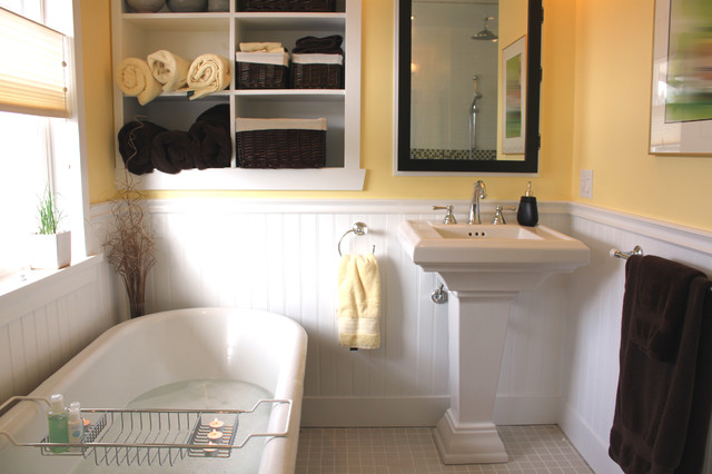 Heritage Bath Retreat traditional-bathroom