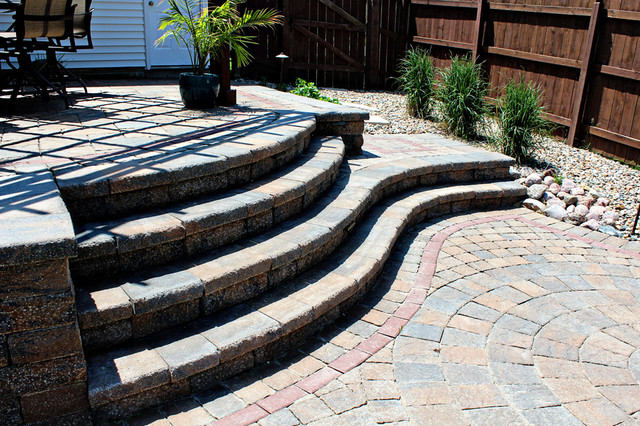 Paved Patio and Arbor eclectic
